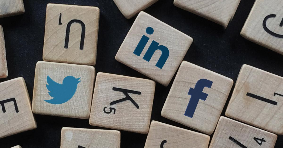 La grammaire des réseaux sociaux : comment écrire sur Twitter, Facebook, LinkedIn ?